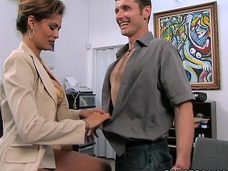A classic MilfLessons update from 2004. Monique is our most excellent Mother I'd Like To Fuck we've ever had the chance working with and watching her fuck youthful studs. Tall, sexy Latin Babe with a body of a goddess. Each youthful studs wet-dream. Come and watch this Latin Mother I'd Like To Fuck work that butt. We love u Monique!