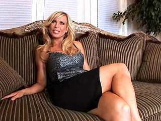 Hey ladies and gents, I'm here bringing u this weeks Mother I'd Like To Fuck lessons update and we have the 'Legendary' Amber lynn and guy are we glad to have her with us this day, That Hottie talks to us about her glory days and that playgirl fantasizes on her everyday life outside of work and its quite interesting to hear what that playgirl has in her mind, Any who in comes our juvenile stud which this playgirl appears to be so fond off and goes to work on the youthful'n and it turns out to be a very good update, Guys don't miss this one, it's...LEGENDARY...STAY TUNED!